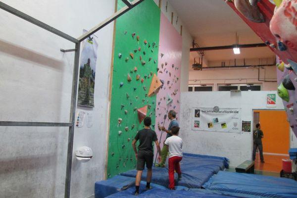 palestra-arrampicata-lnv-7-20181007-147625883883BFC1FE-ABA9-9421-47AB-54C88407C2A1.jpg